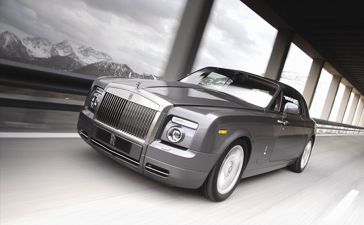 Parkside Motors | Silver