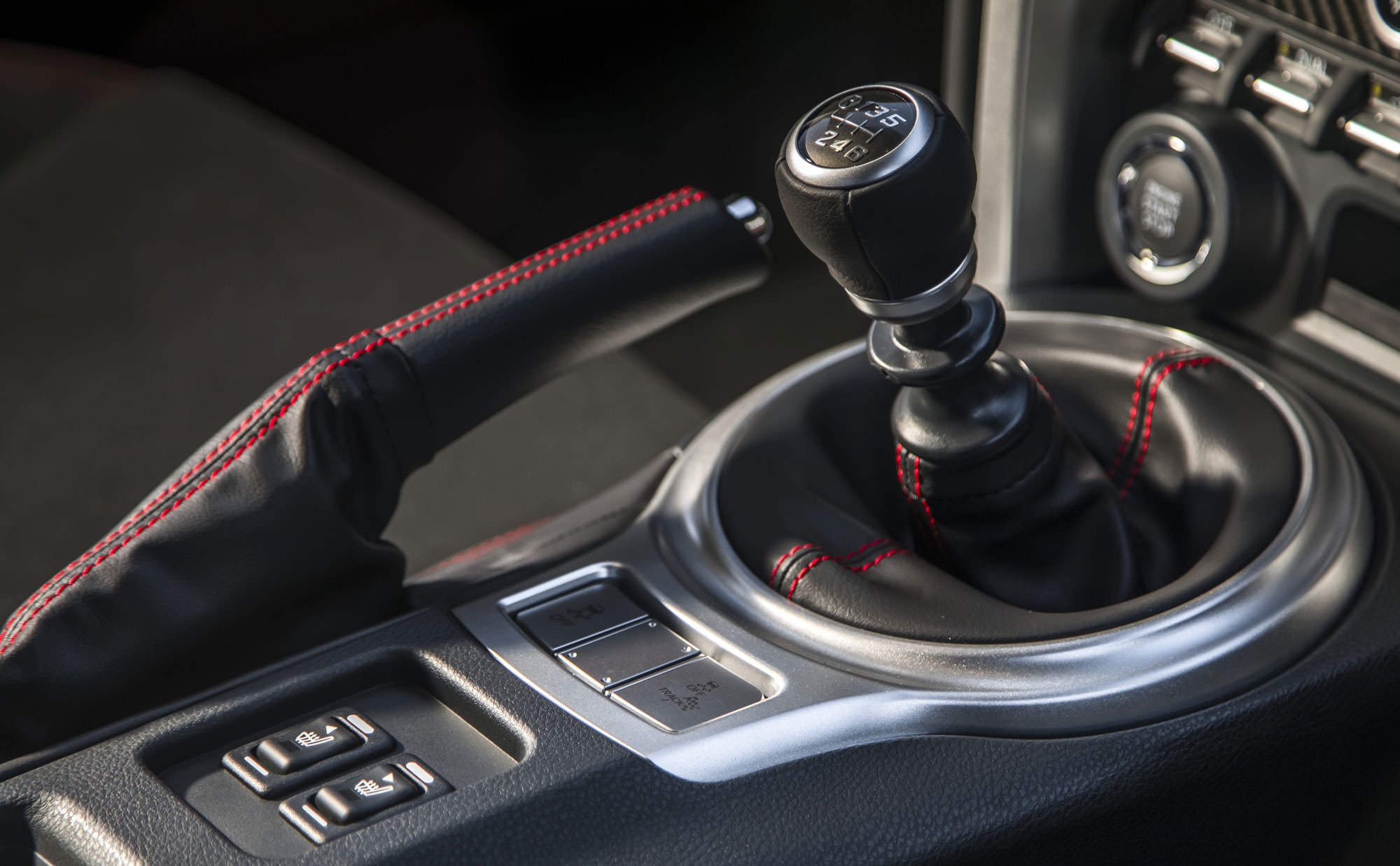 Do Manual Transmissions Get Better Mileage?
