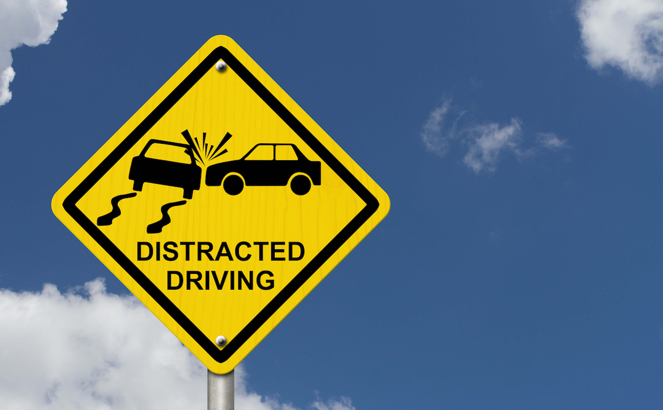 How to Avoid Distraction on the Road