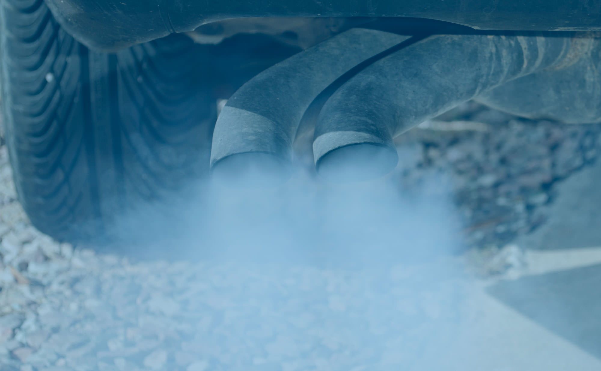 Exhaust Pipe Smoke Part 1: Blue